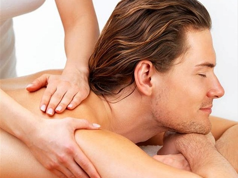 Why You Need A Massage During Holidays in Goa